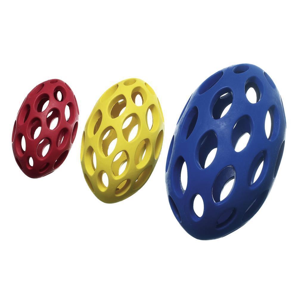 Gitterball BOOMER VOLLGUMMI FOOTBALL CUBE mit Vanille-Aroma für Hunde 21cm